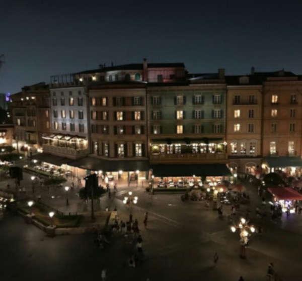 ホテルミラコスタから見るショー