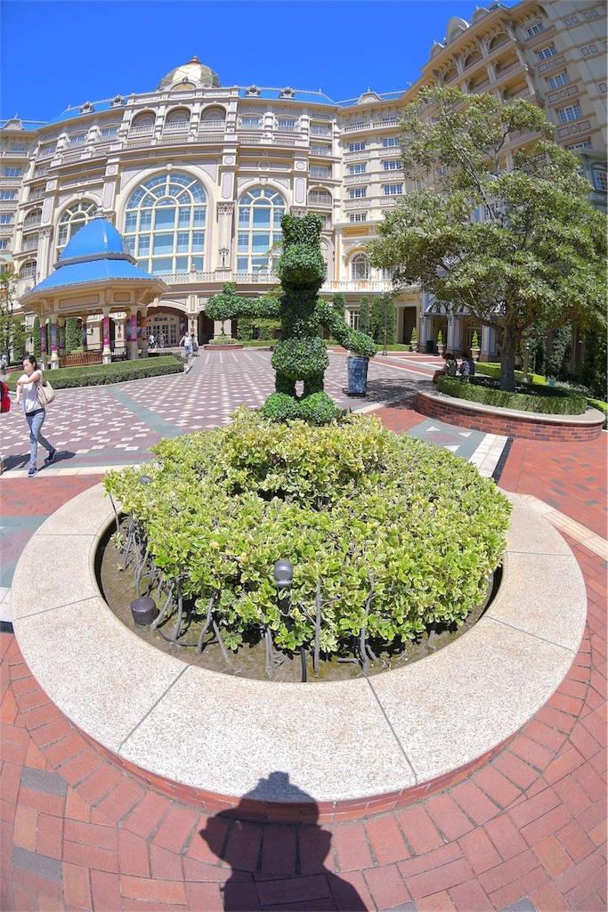ディズニーランドホテル 庭園