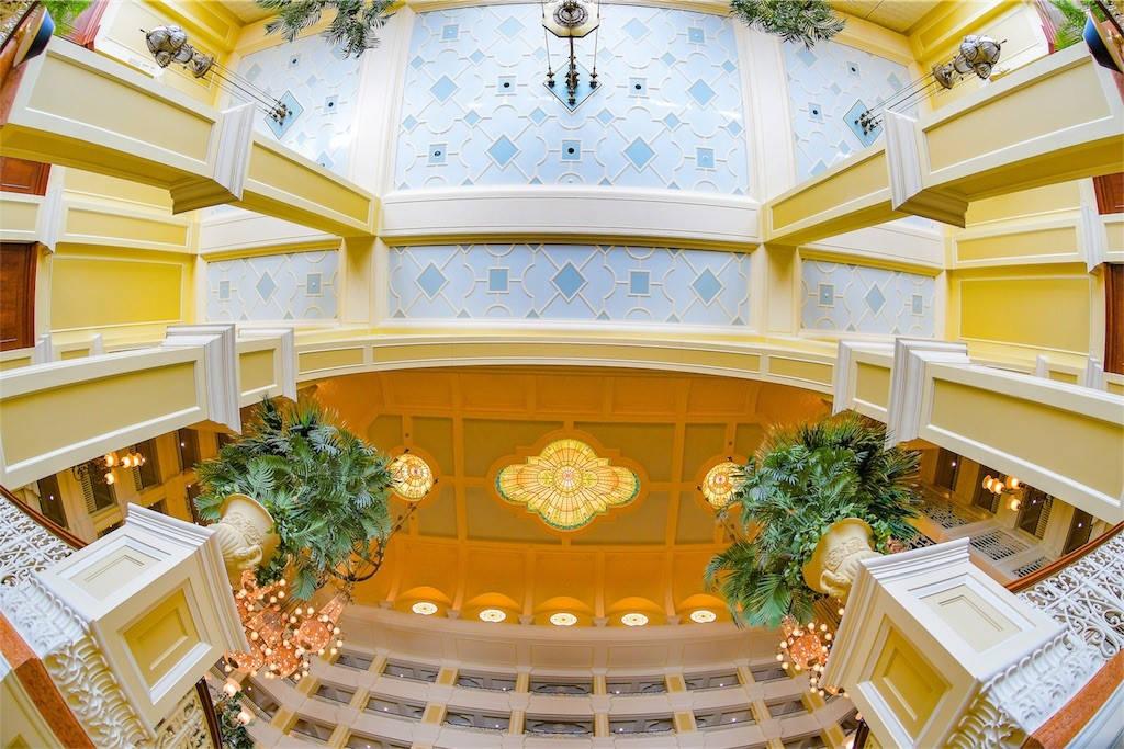 ディズニーランドホテル 天井