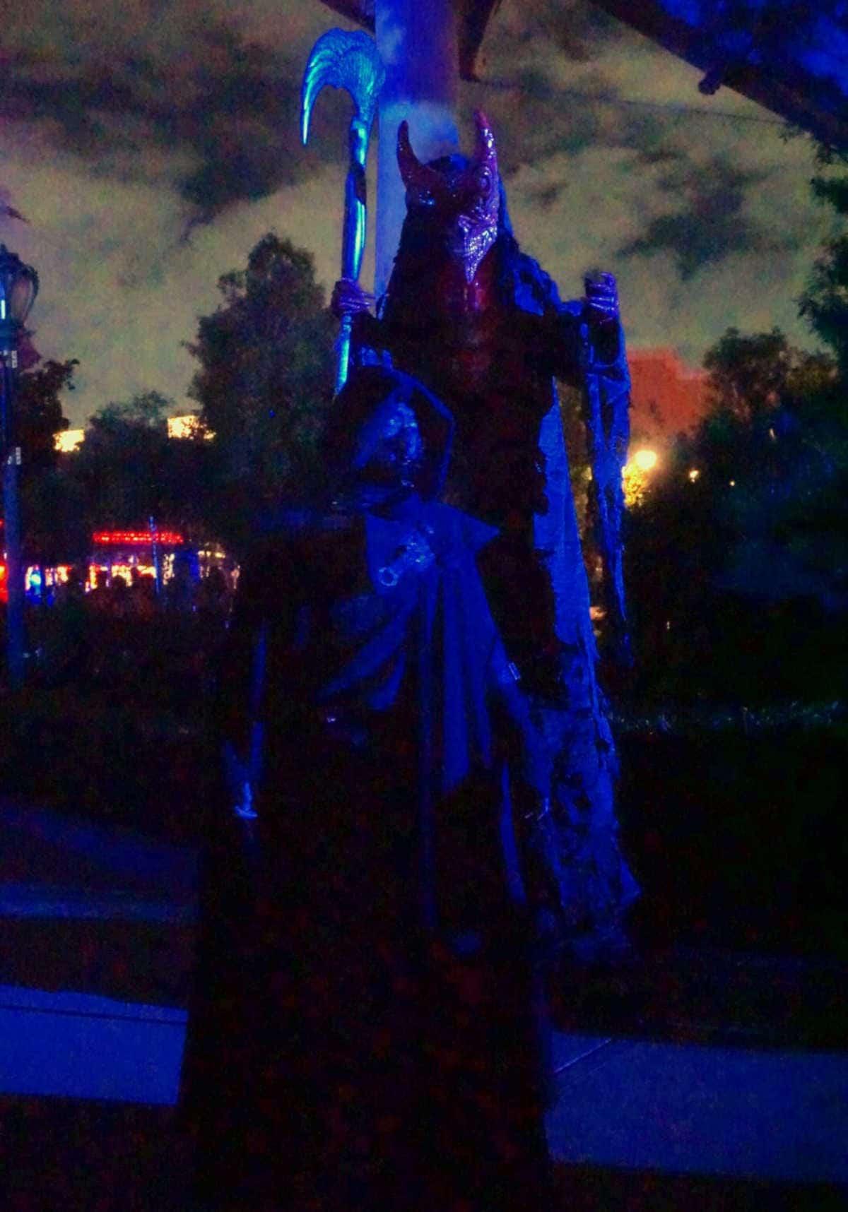 呪われた薔薇園 死神と悪魔