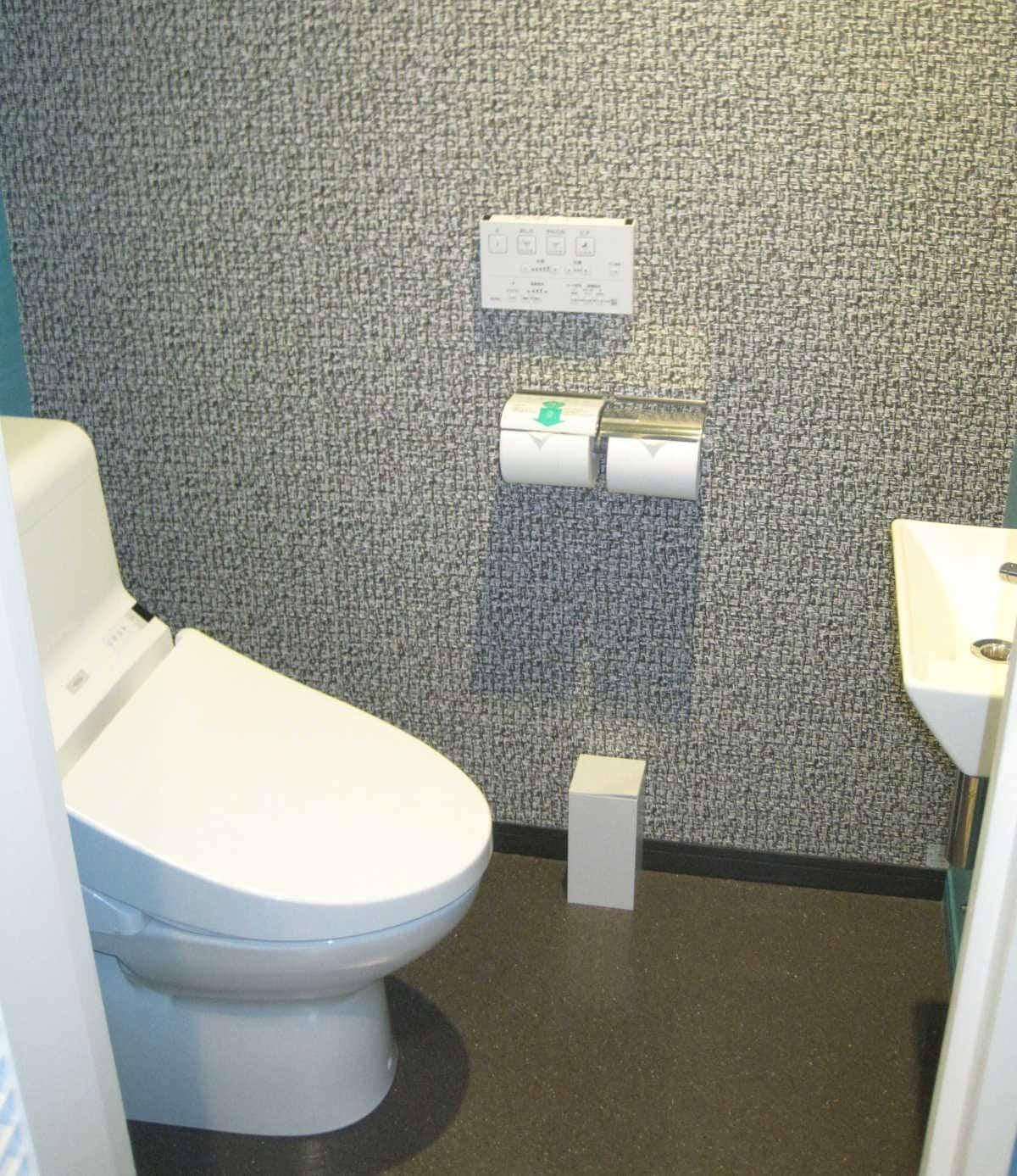 ホテルユニバーサルポート トイレ