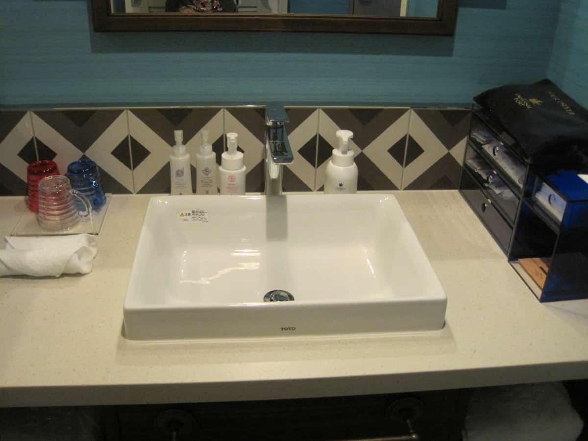 ホテルユニバーサルポート 洗面台